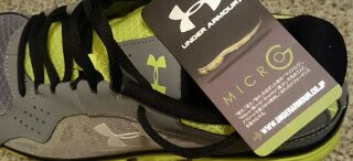UNDER ARMOUR のシューズ